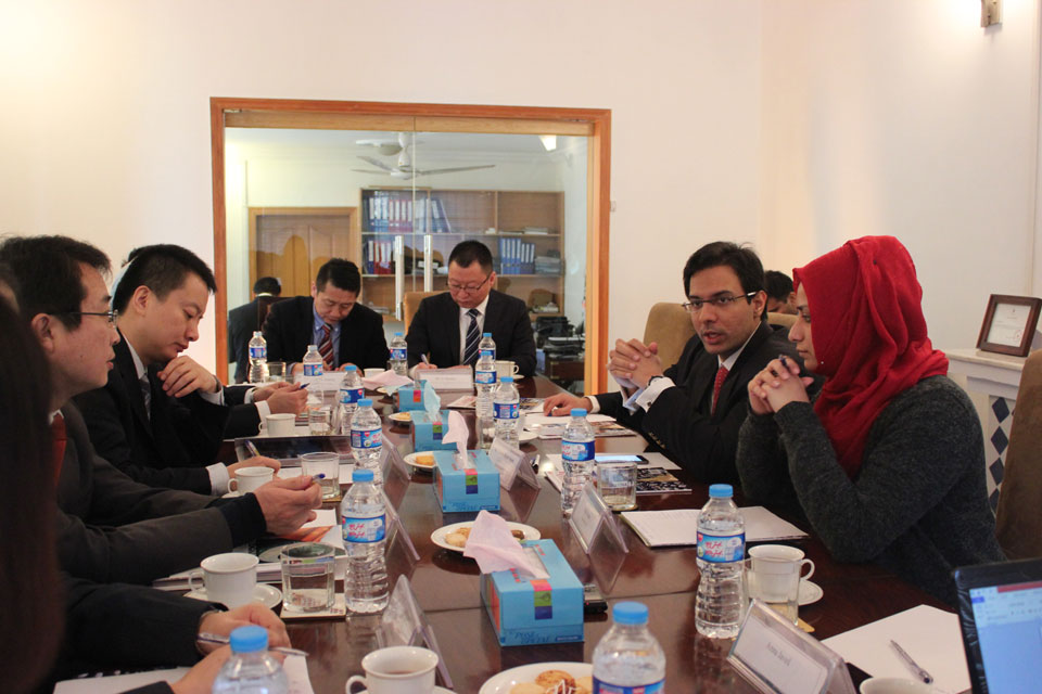 Xinjiang State Delegation Visits PCI, Launches First Mobile Urdu App
